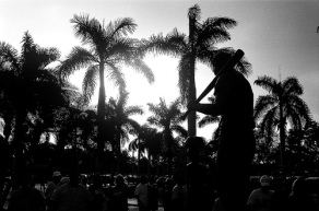 ted-williams-statue-at-city-of-palms-park-el-swifterino.jpg
